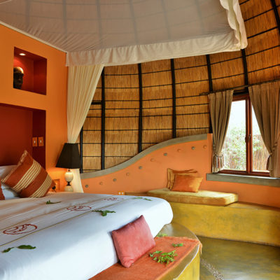 hoyo-hoyo-accommodation-bed-1